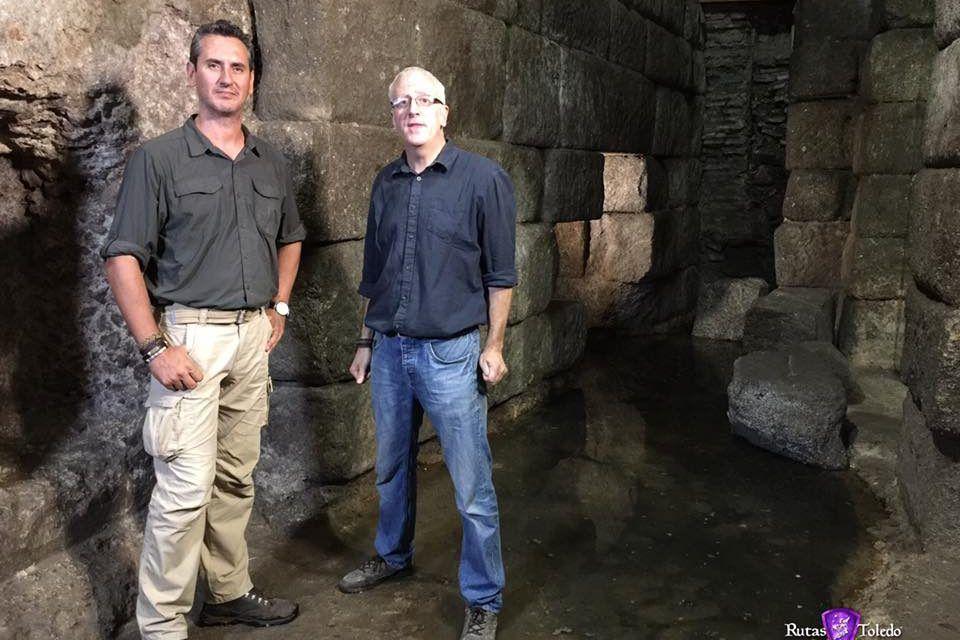 Colaboración en el programa «Enigmas de la Historia» de DMAX: «La Mesa de Salomón»