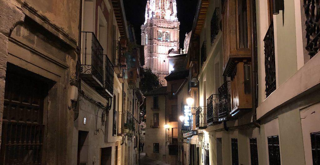 Catedral de Toledo por la noche