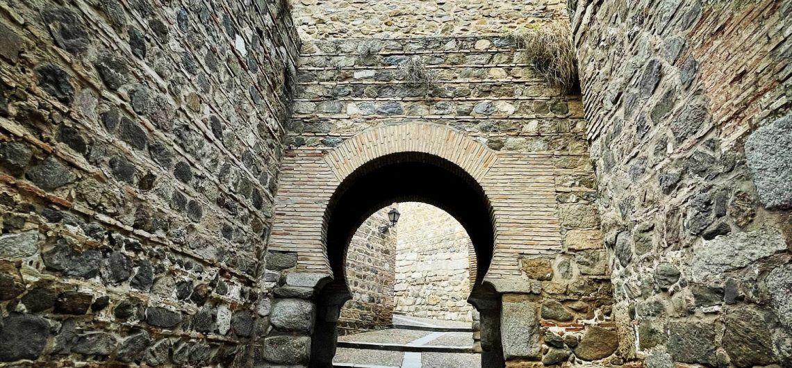 Puerta de Alcántara, Toledo