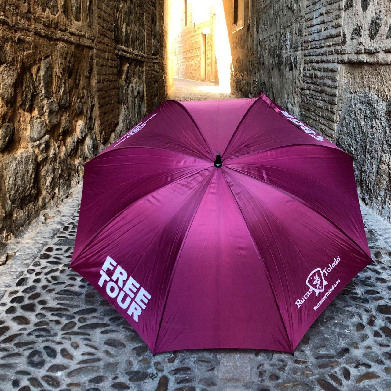 Paraguas morado Rutas de Toledo